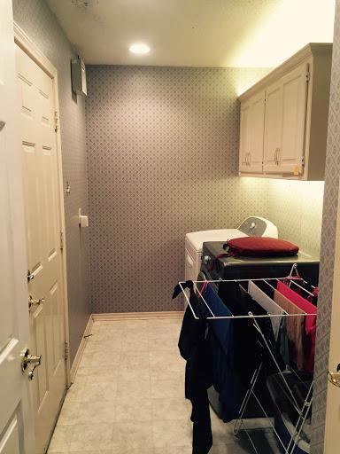 laundry room undercabinet lighting